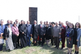 Армянский меценат установил в Казахстане хачкар в память о репрессированных советских женщинах