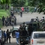 Philippine troops bomb Islamist militants holding hostages in city