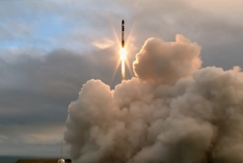 Rocket Lab nails 1st orbital rocket launch from private pad