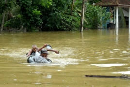 At least 91 dead and 100 missing in Sri Lanka floods