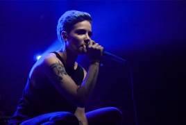 Halsey nabs No. 1 album on Billboard 200
