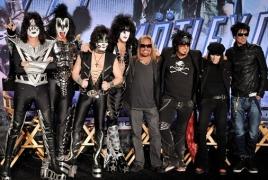 Лидер Kiss хочет запатентовать жест «коза»