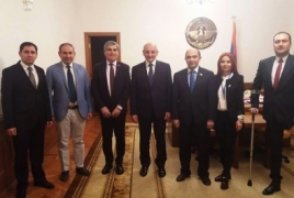 Armenia opposition bloc talks security with Karabakh president