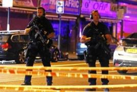 В Лондоне фургон врезался в толпу: Есть жертвы и пострадавшие