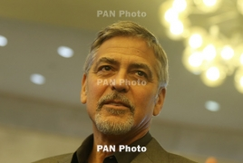 Клуни продал свою компанию по производству текилы за $1 млрд