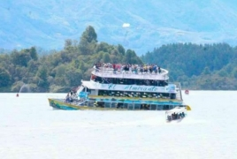 Six dead, 31 missing after Colombia tourist boat sinks