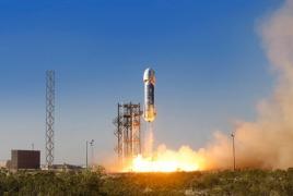 Blue Origin offering simulated space ride at Oshkosh