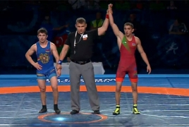 Armenian wrestler wins silver at Junior World Championships