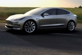Tesla upgrades Autopilot hardware in new cars