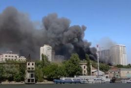 В Ростове-на-Дону крупный пожар: 25 домов горят