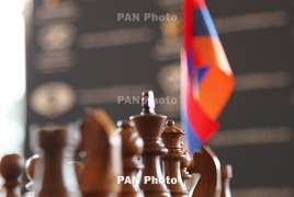 Isle of Man: Armenian grandmasters share second spot in R2