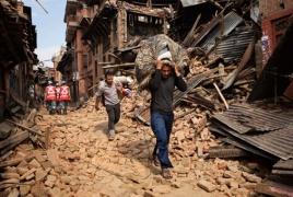 Powerful Iran-Iraq earthquake death toll tops 300