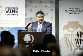 7.5 mln liters of wine produced in Armenia in 2016: PM Karapetyan