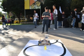 Armenian teenager builds robot to make everyday life easier