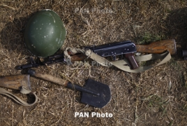 Karabakh army soldier killed in Azerbaijani cross-border fire