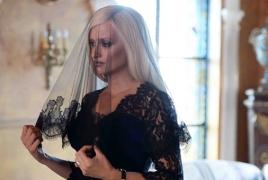 Модный дом Versace недоволен сериалом о смерти Джанни Версаче