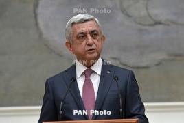 НГ: Саргсян может сохранить власть, став премьером Армении