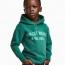 Семья темнокожего мальчика из рекламы H&M переехала из-за угроз