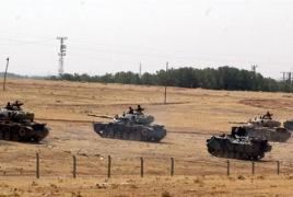 Турция начала массированный обстрел курдских ,,,