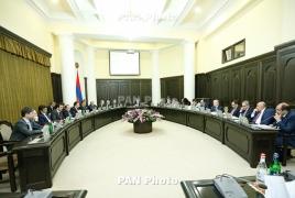 Карапетян: Нужно выполнить достигнутые в Давосе договоренности