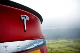 Tesla понесла рекордный убыток за квартал