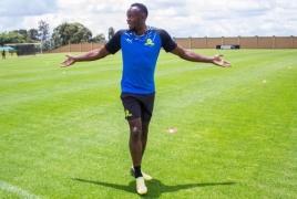 Болт стал футболистом команды из ЮАР