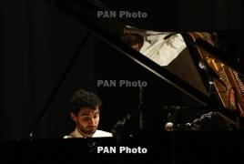 Амасян даст сольный концерт в Петербурге