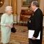 Елизавета II поздравила Армена Саркисяна с вступлением в должность президента Армении