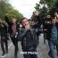 «Кастрюльная революция» по-армянски: Ереван «гремел» в знак протеста против Саргсяна