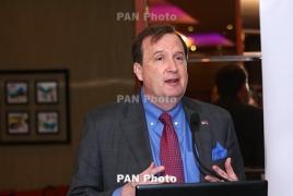 U.S. envoy hails former Armenian PM's leadership after resignation