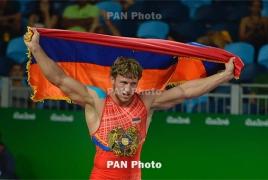 Armenian wrestlers reach European Championships semi-finals