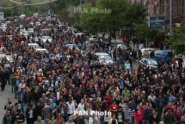 Massive street campaign paralyses traffic across Armenia again