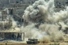 Syrian forces plough through Islamic State in southern Damascus