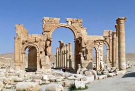 Displaced civilians begin returning to Palmyra