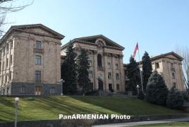 Ալեն Սիմոնյանն ԱԺ-ում կփոխարինի Փաշինյանին. ԱԺ 6 նոր մանդատ է հանձնվել