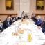 Փաշինյանը հանդիպել է վրացի և հայ գործարարներին