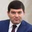 Մասիսի քաղաքապետը չի կալանավորվել, նրա աջակիցները դիմավորել են նրան վանկարկումներով