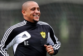 Football star Roberto Carlos to arrive in Armenia for the Match of Legends