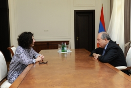 President Sarkissian, actress Arsinée Khanjian talk Armenia-Diaspora ties