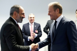 "Armenia revolution was ""extraordinary and European"" - Tusk"