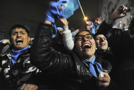 Сенат Аргентины отклонил закон о легализации абортов: В стране начались массовые беспорядки