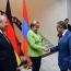 Президент Армении принял Меркель в своей резиденции