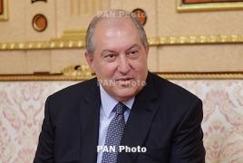 Президент Армении поздравил Игоря Додона с Днем независимости Молдавии