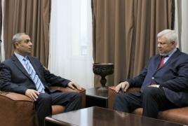 Глава МИД Арцаха обсудил ситуацию на передовой с Каспршиком