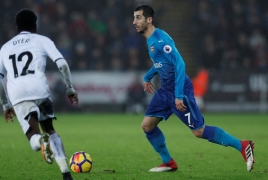 Unai Emery advised to drop Henrikh Mkhitaryan deeper into midfield