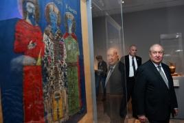 "President tours ""Armenia!"" exhibit at New York's Met museum"