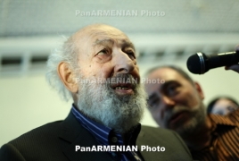 Constantinople-Armenian photographer, Ara Güler dies at 90