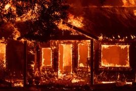 СМИ: Лесной пожар уничтожил город Парадайс в Калифорнии