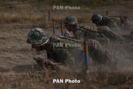 Armenia acting PM, Defense Minister watch offensive tactical drills