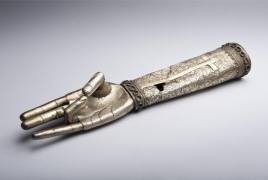Armenian Museum exhibits new gallery in Massachusetts